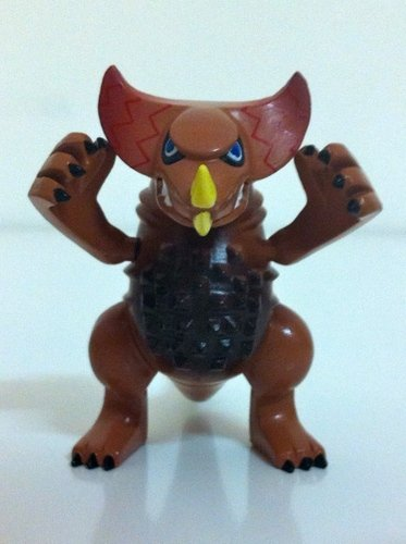 Gomora - normal version figure by Touma, produced by Bandai. Front view.