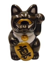 Fortune Cat - Gun Metal   figure, produced by Realxhead. Front view.