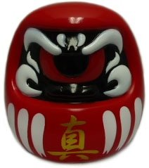 Fortune Daruma (フォーチュンだるま) figure by Mori Katsura, produced by Realxhead. Front view.