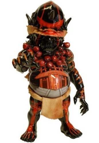 Debris Japan - PRESENT figure by Lala Einstein, produced by Restore. Front view.