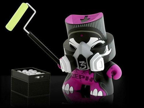 6 Holy Roller SDCC Exclusive figure by Deph, produced by Kidrobot. Front view.