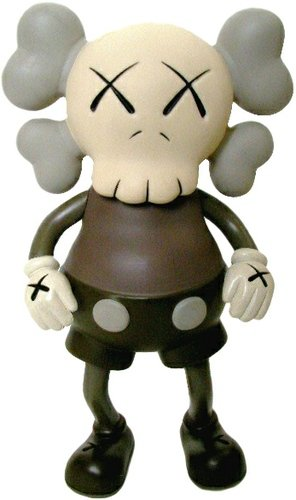 Companion - Brown figure by Kaws, produced by Bounty Hunter (Bxh). Front view.