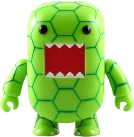Turtle Domo Qee figure by Dark Horse Comics, produced by Toy2R. Front view.
