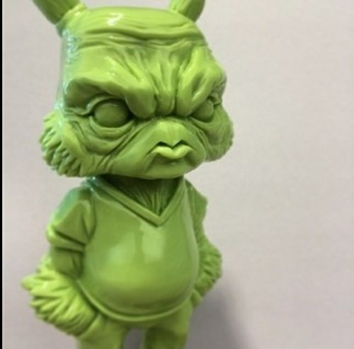 Treyjus - Kidrobot Boulder Exclusive figure by Scott Tolleson. Front view.