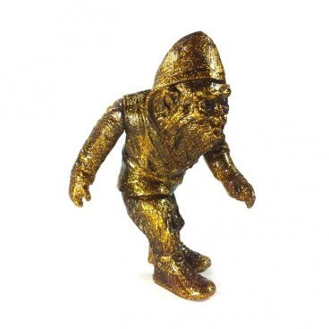 URBAN BIG FOOT JUNGLE GOLD PATINA figure by Ron English, produced by Toy Art Gallery. Front view.