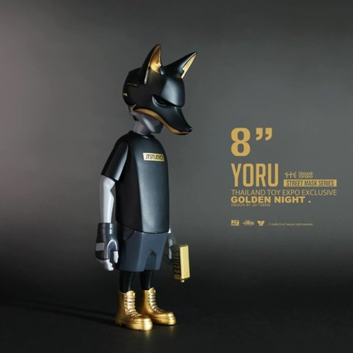 Yoru - Golden night figure by Jei Tseng, produced by J.T Studio. Front view.